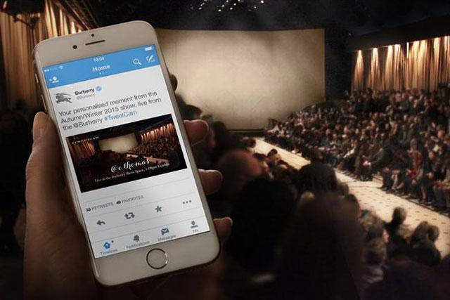 Twitter Live Blog Graphic