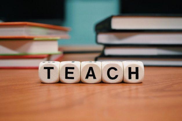 teaching-sells-social-media-posts